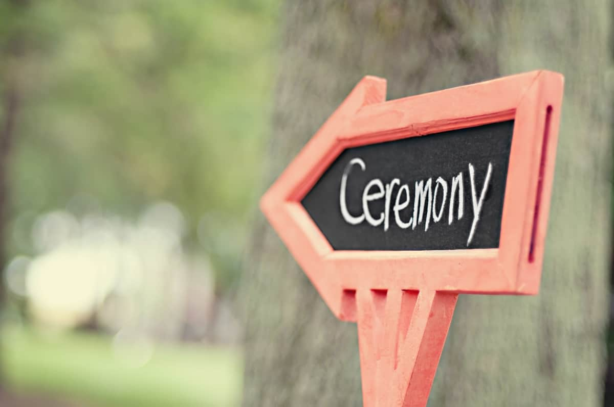 ways to personalise your wedding ceremony
