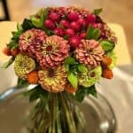 biedermeirer bouquet in green and red flowers